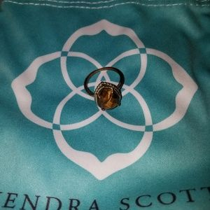 Kendra Scott Daisy ring in gold and tiger eye